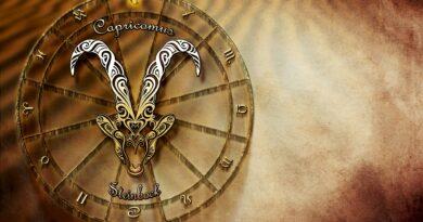 Capricornio Predicción Fragancias de la Suerte Números de la Suerte
