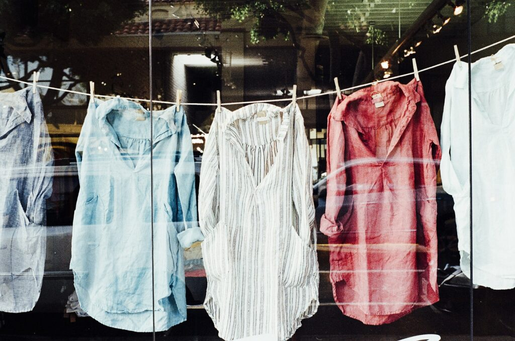 ¿Con qué frecuencia deberías lavar tu ropa para que dure más tiempo?