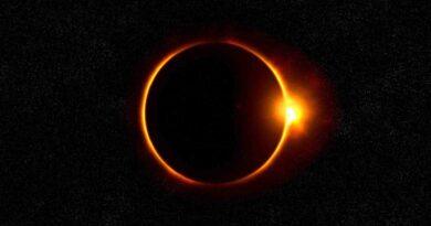 Diciembre 14: Eclipse Total de Sol - Los Secretos de Dorian