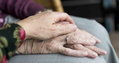 Día Internacional del Mal de Parkinson - 11 de Abril - Tal Día como Hoy - Los Secretos de Dorian: El Magazine de la Eterna Juventud