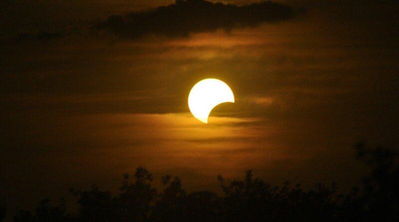 Calendario Astronómico Junio 2021 - Conjunciones - Eclipses - Fases Lunares - Lluvia de Meteoros - Equinoccios - Los Secretos de Dorian - El Magazine de la Eterna Juventud