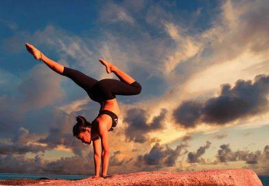 Día Internacional del Yoga - 21 de Junio - Tal Día como Hoy - Efemérides y Curiosidades - Los Secretos de Dorian: El Magazine de la Eterna Juventud