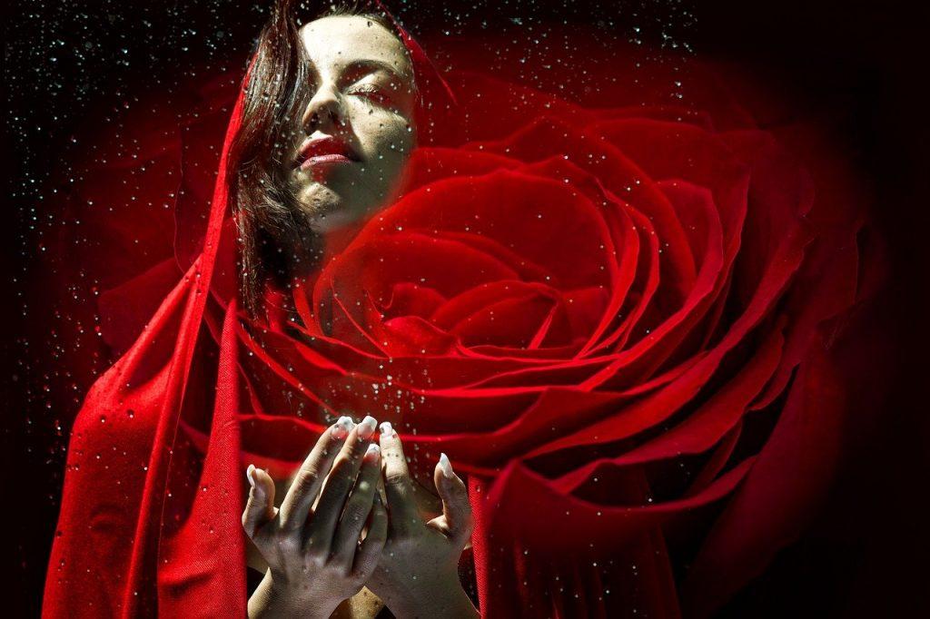 Home LSDD Chica Vestido Rojo Los Secretos de Dorian