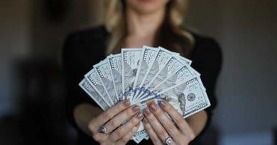 18 de Septiembre Tal Día como Hoy Igualdad Salarial Secretos de Dorian Revista LSDD